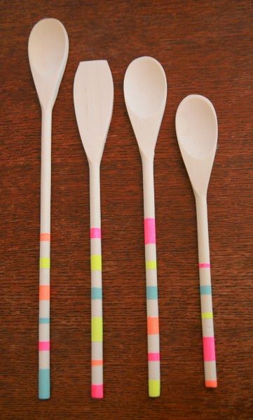 img 6312 361x600 DIY Striped Neon Spoons