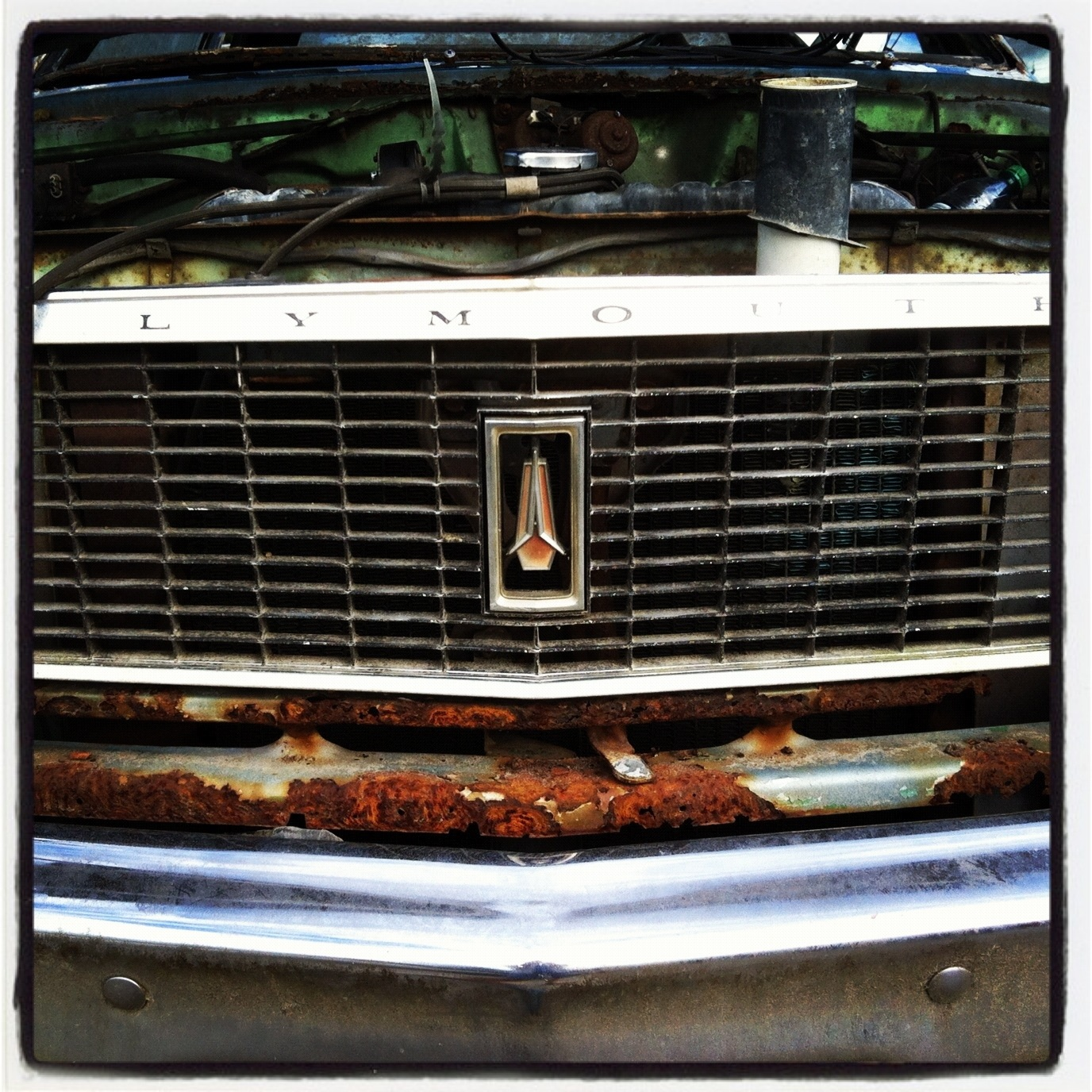 20120601 121038 I Heart Instagram & The Junkyard