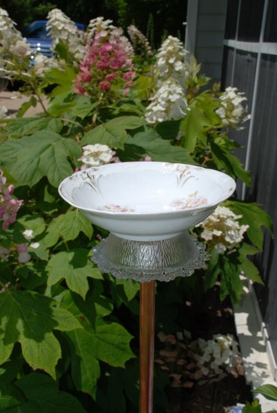 dsc 0117 402x6001 DIY Bitty Bird Bath