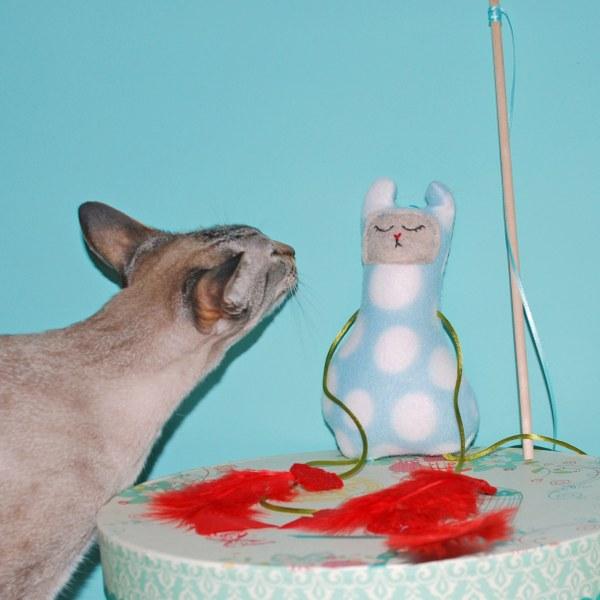 Freebies cat toys