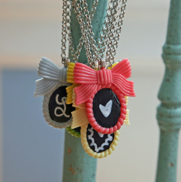 img 8926 599x600 DIY Shabby Chalkboard Necklaces