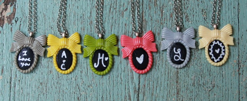 img 8936 800x3271 DIY Shabby Chalkboard Necklaces