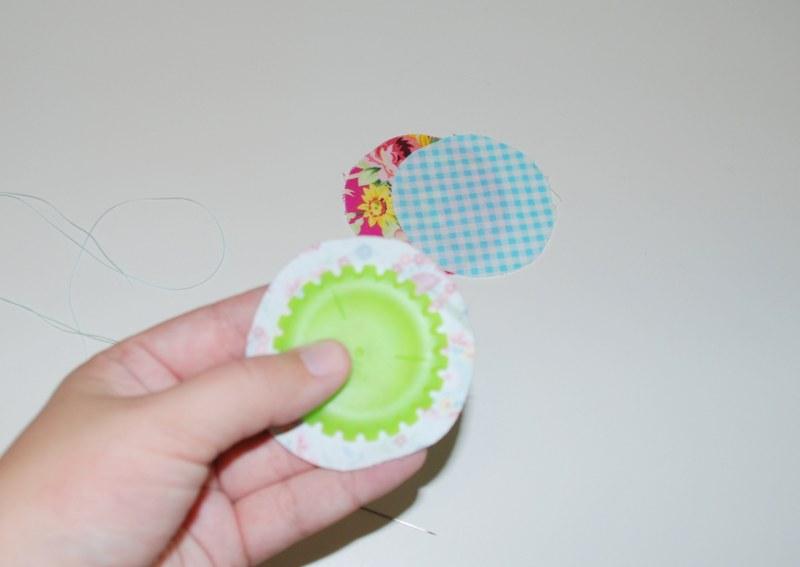 dsc 0003 800x567 DIY Shabby and Sweet Push Pins