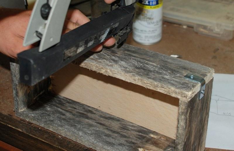 dsc 0060 800x5171 DIY Rustic Pallet Wood Boxes