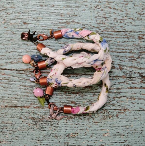 IMG 0539 copy 598x600 DIY Sweet Hankie Bracelets