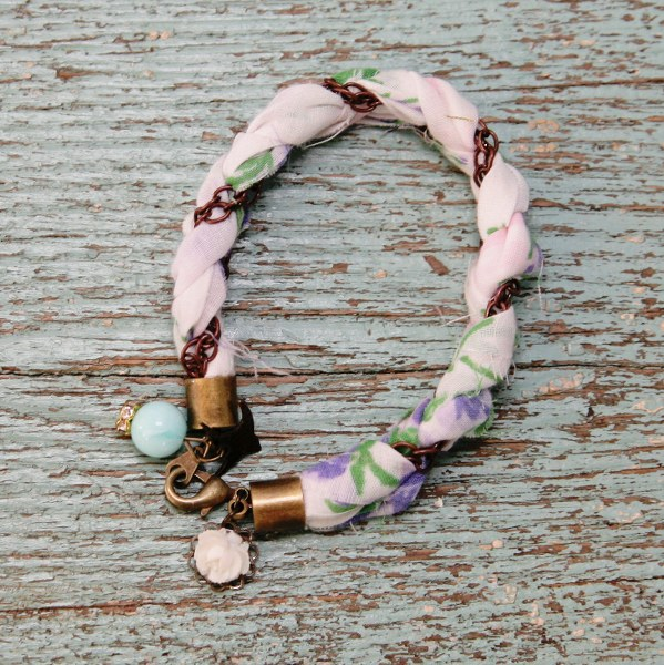 IMG 0542 copy 599x600 DIY Sweet Hankie Bracelets