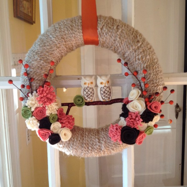 IMG 4474 600x600 DIY Yarn Wrapped Fall Wreath