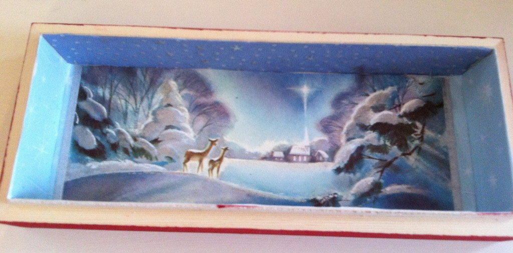 IMG 4804 1600x792 1024x506 DIY Cute Vintage Christmas Card Boxes