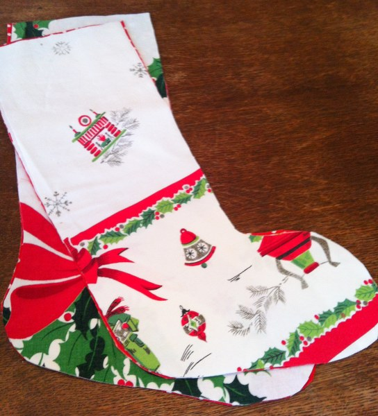 IMG 5040 544x600 Vintage Tablecloth Christmas Stockings