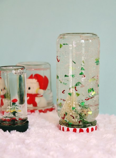 IMG 7443 440x600 DIY Recycled Jar Snowglobes