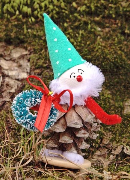 IMG 8355.CR2 434x600 Vintage Inspired Рождество Pine Cone Эльфы