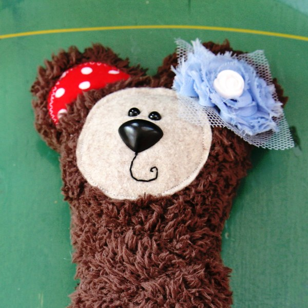 IMG 8629 600x600 DIY Gift Card Bear