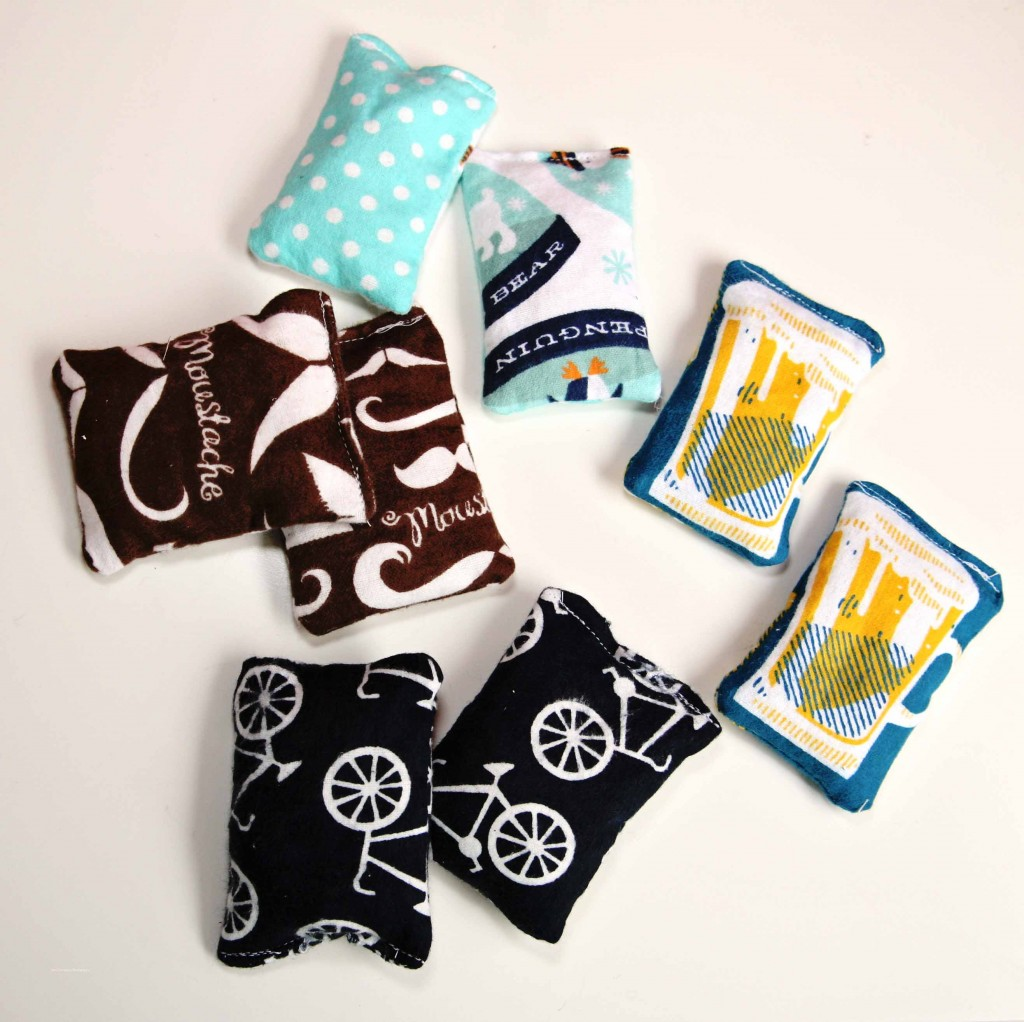IMG 8793 1024x1022 12 Days of Handmade  DIY Flannel Heating Packs & Hand Warmers