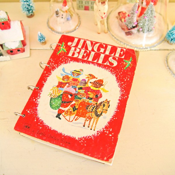 IMG 9661 599x600 DIY Christmas Card Book