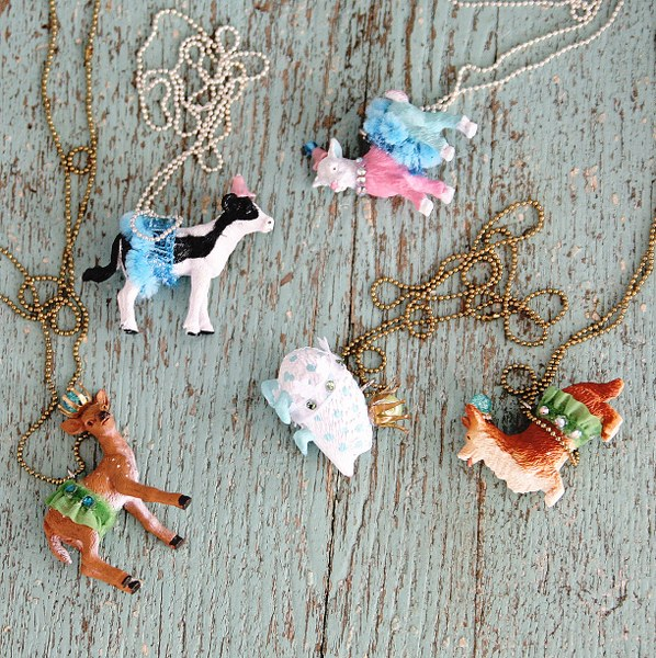 IMG 9746 598x600 Anthro Inspired Party Animal Necklaces