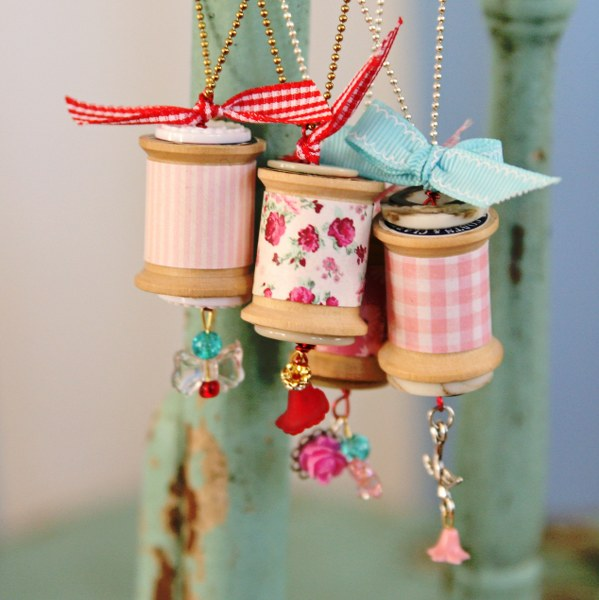 IMG 0829 599x600 14 Days of Love  Sweet Vintage Spool Necklaces