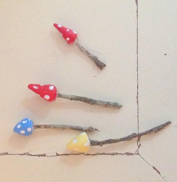 IMG 1991 581x600 DIY Mini Vintage Thimble Planter Necklaces
