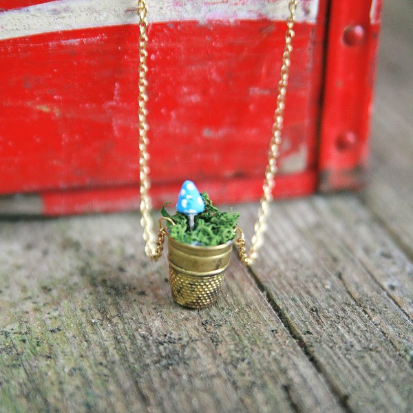 IMG 5134 600x600 DIY Mini Vintage Thimble Planter Necklaces