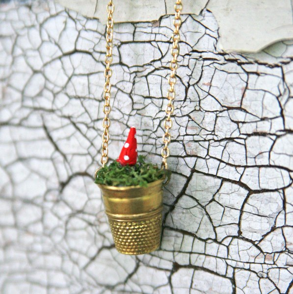 IMG 5146 597x600 DIY Mini Vintage Thimble Planter Necklaces
