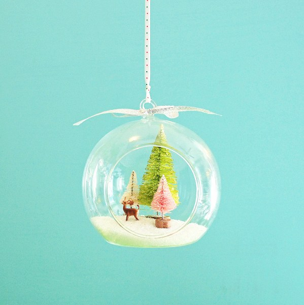 DSC 0035 3 599x600 DIY Christmas Hanging Terrariums