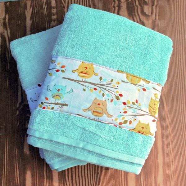 DSC 0001 2 599x6001 DIY Fabric Embellished Towels