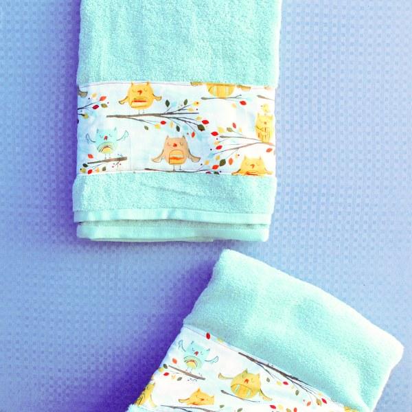 DSC 0006 2 600x600 DIY Fabric Embellished Towels