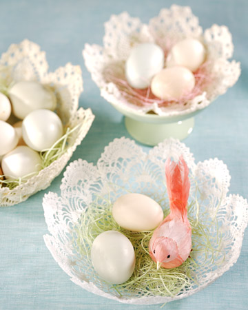 3130 031208 doilyeasterbask xl Fantastic Spring and Easter DIY Round Up