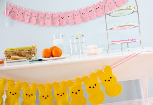 peeps bunny bunting 580x400 Fantastic Spring and Easter DIY Round Up