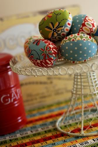 tn EasterEggs1 Fantastic Spring and Easter DIY Round Up