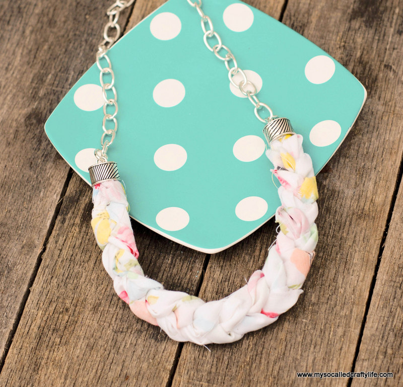 diy braided fabric necklace DIY Chunky Braided Vintage Fabric Necklace