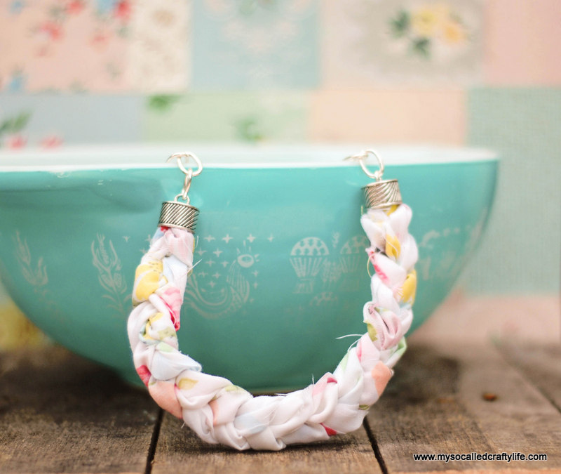 diy fabric necklace