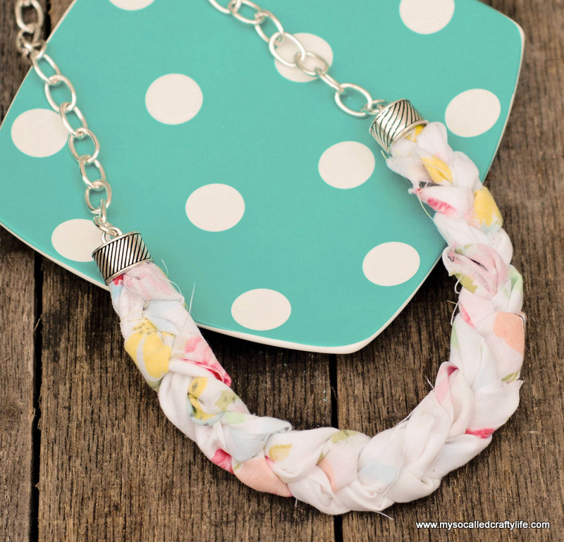 diy vintage fabric necklace DIY Chunky Braided Vintage Fabric Necklace