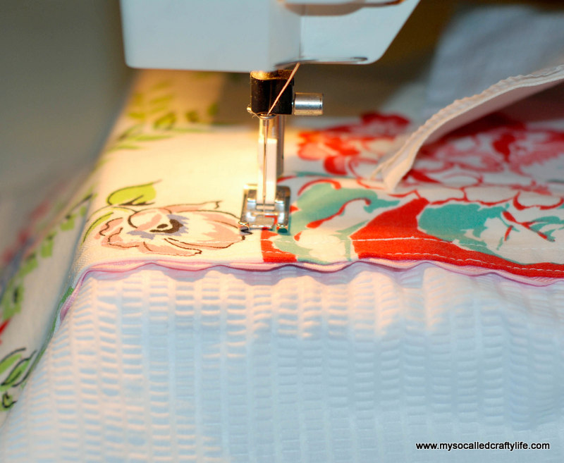 92 DIY Upcycled Vintage Tablecloth Apron