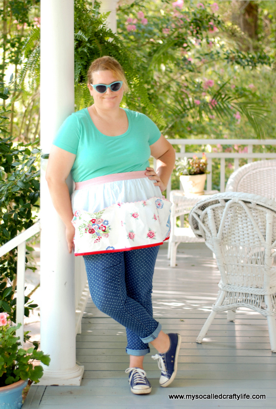 upcycled tablecloth diy DIY Upcycled Vintage Tablecloth Apron