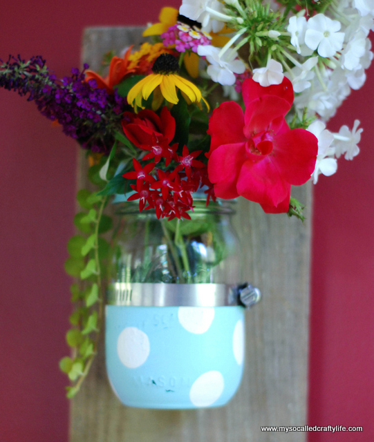 diy mason jar wall vase DIY Mason Jar Reclaimed Wood Wall Hanging