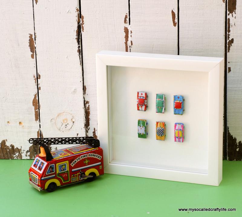 01 DSC 0101 4 Easy Framed Vintage Toys for a Kids Room