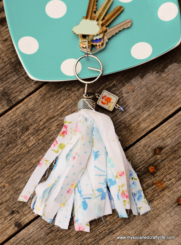 07 DSC 0072 2 Easy Vintage Fabric Tassel Key Chain