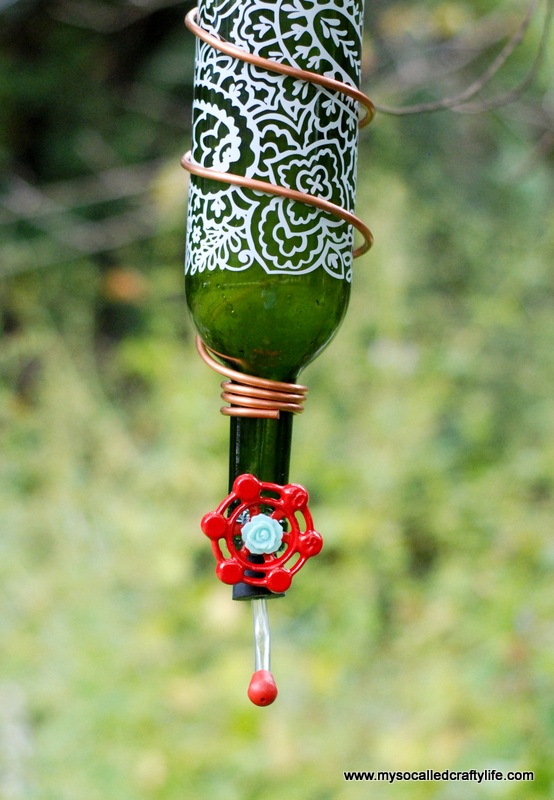 6 DSC 0166 Protea Wines Art Blossoms & DIY Wine Bottle Hummingbird Feeder
