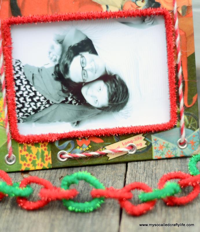 02 DSC 0140 DIY Upcycled Childrens Christmas Frame