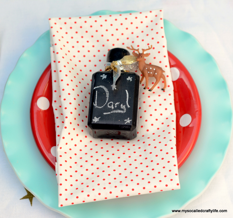 04 DSC 1142 Easy Chalkboard Mini Liquor Bottle Favor Place Cards