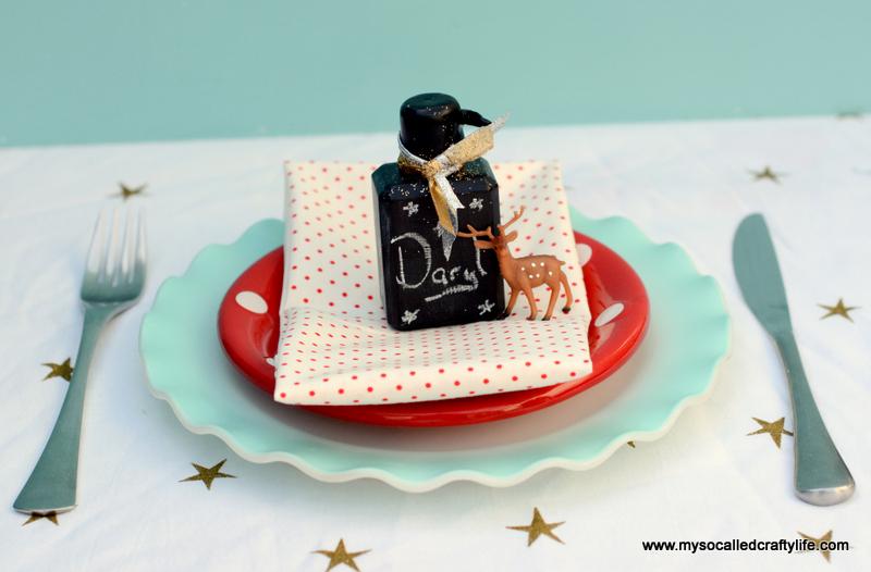 06 DSC 1140 Easy Chalkboard Mini Liquor Bottle Favor Place Cards
