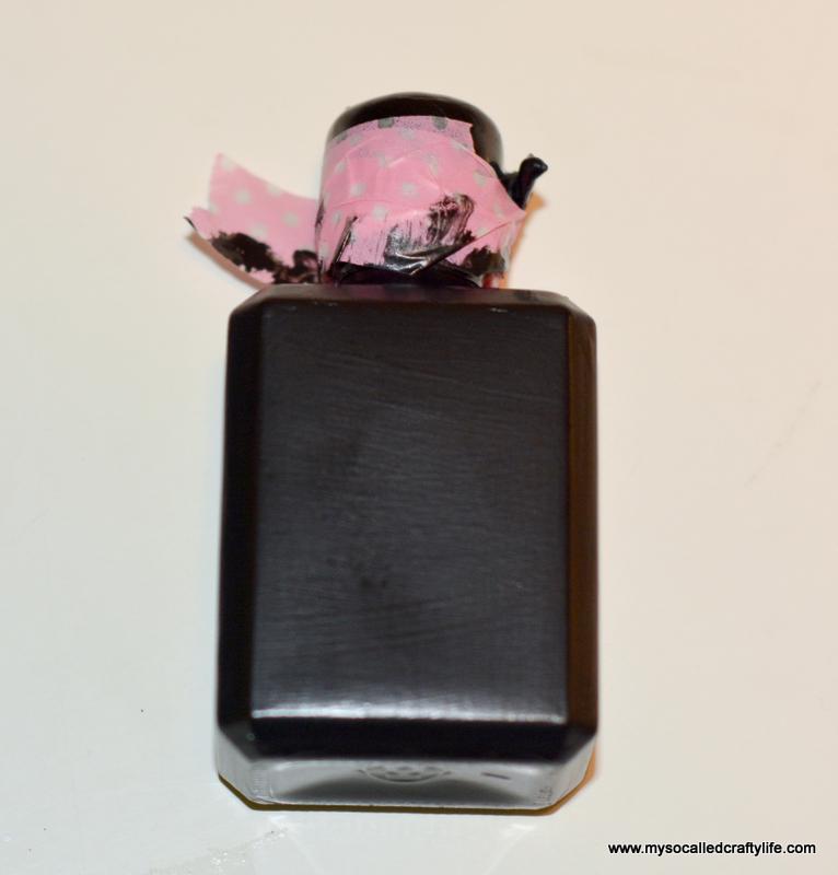 12 DSC 1132 Easy Chalkboard Mini Liquor Bottle Favor Place Cards