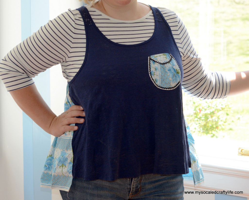 06 DSC 3394 1024x820 Upcycled Vintage Apron Back Tee