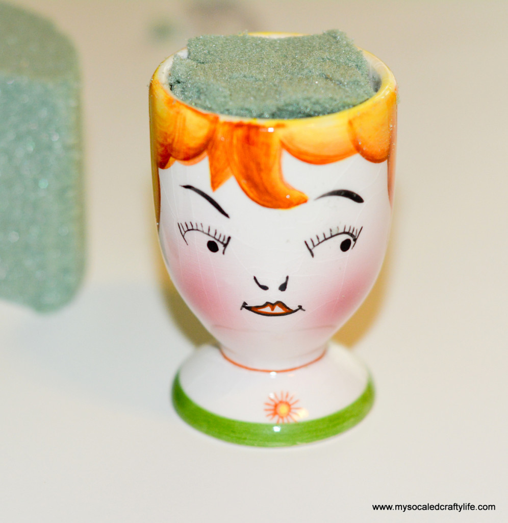 12 DSC 3432 996x1024 DIY Egg Cup Vases