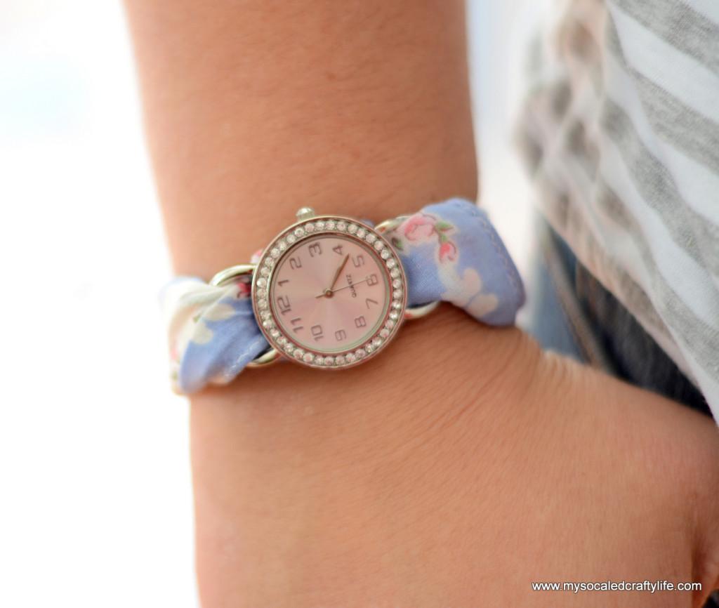 2 DSC 3372 1024x866 Five Minute DIY Vintage Hanky Watch
