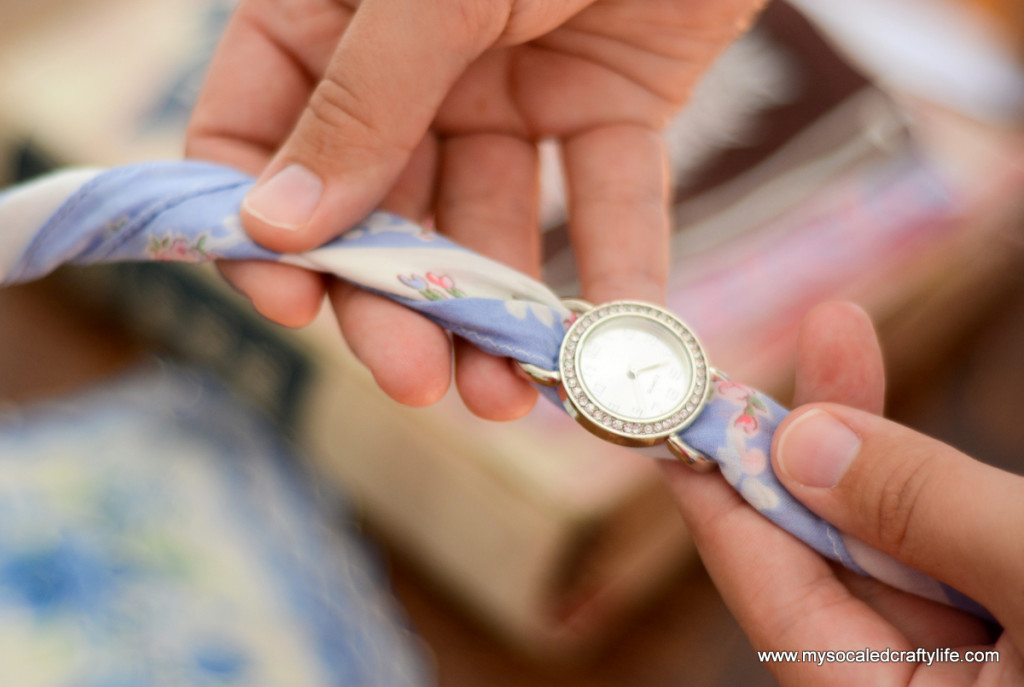 8 DSC 3369 1024x687 Five Minute DIY Vintage Hanky Watch