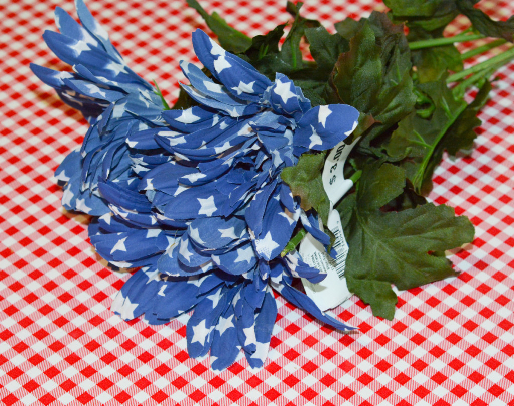 08 DSC 3938 1024x809 Easy DIY Floral Independence Day Wreath