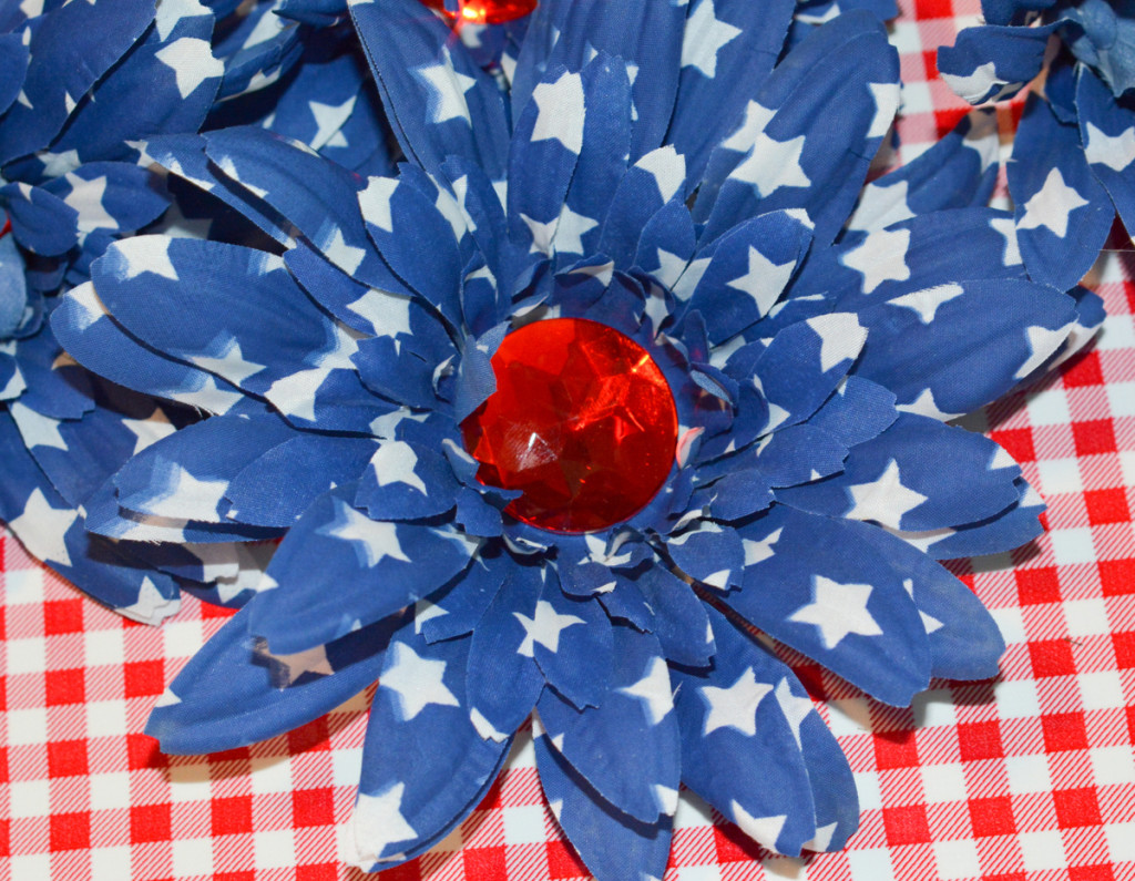 10 DSC 3940 1024x795 Easy DIY Floral Independence Day Wreath