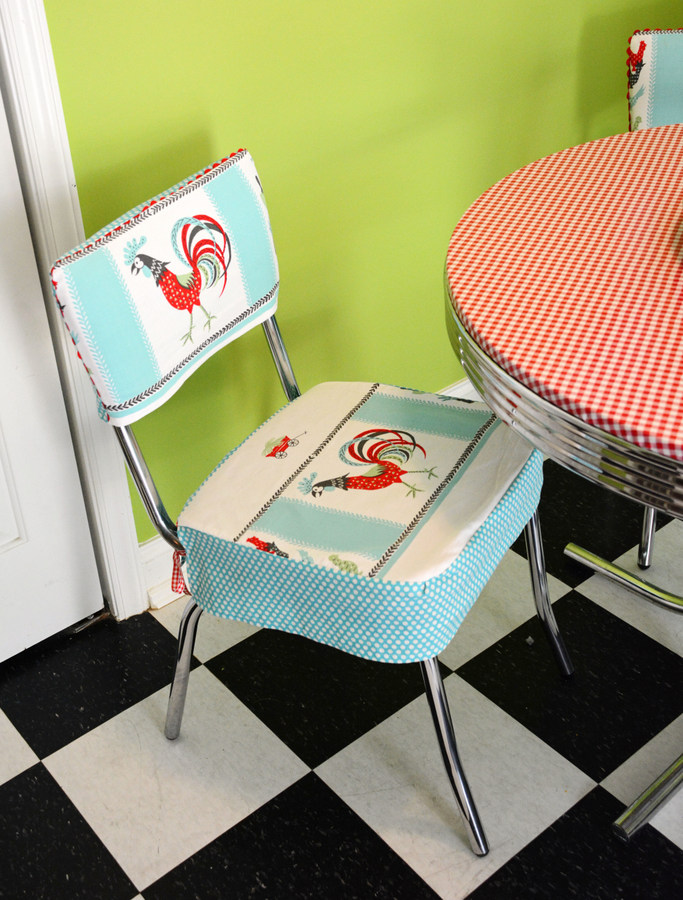 06 DSC 4468 DIY Custom Chair Seat Covers with A Vintage Tablecloth